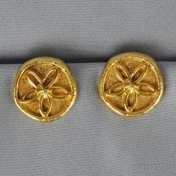 18kt Gold Earclips, Schlumberger, Tiffany & Co.