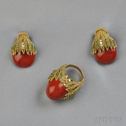 18kt Gold and Coral Suite, Emis
