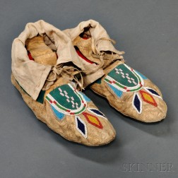 Pair of Blackfoot Beaded Hide Man's Moccasins