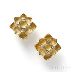 18kt Gold and Diamond Earclips