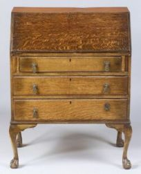 Queen Anne Style Oak Slant-lid Desk