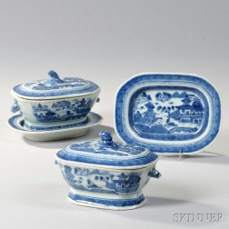 Two Canton Porcelain Covered Sauce Tureens with Undertrays