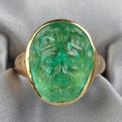 18kt Gold and Emerald Cameo Ring