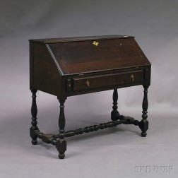 Wallace Nutting William & Mary-style Desk on Frame