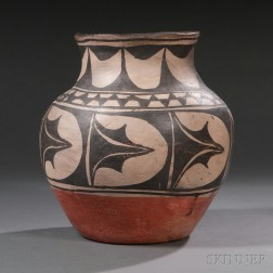 Santo Domingo Pottery Jar