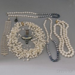 Group of Miscellaneous Pearl and Silver Jewelry