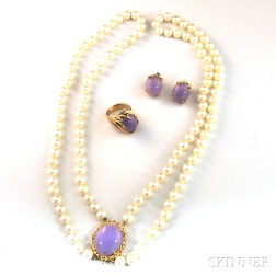 Small Group of Lavender Jade Jewelry