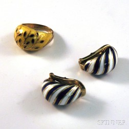 Two Pieces of Gold and Enamel Jewelry