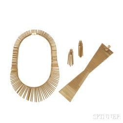 Suite of 18kt Gold Jewelry