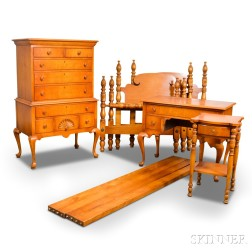Five-piece Chippendale-style Tiger Maple Bedroom Set