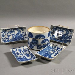 Fourteen Export Blue and White Porcelain Items
