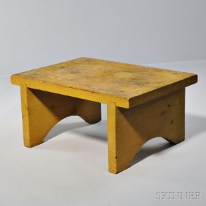 Shaker Yellow-stained Pine Bench