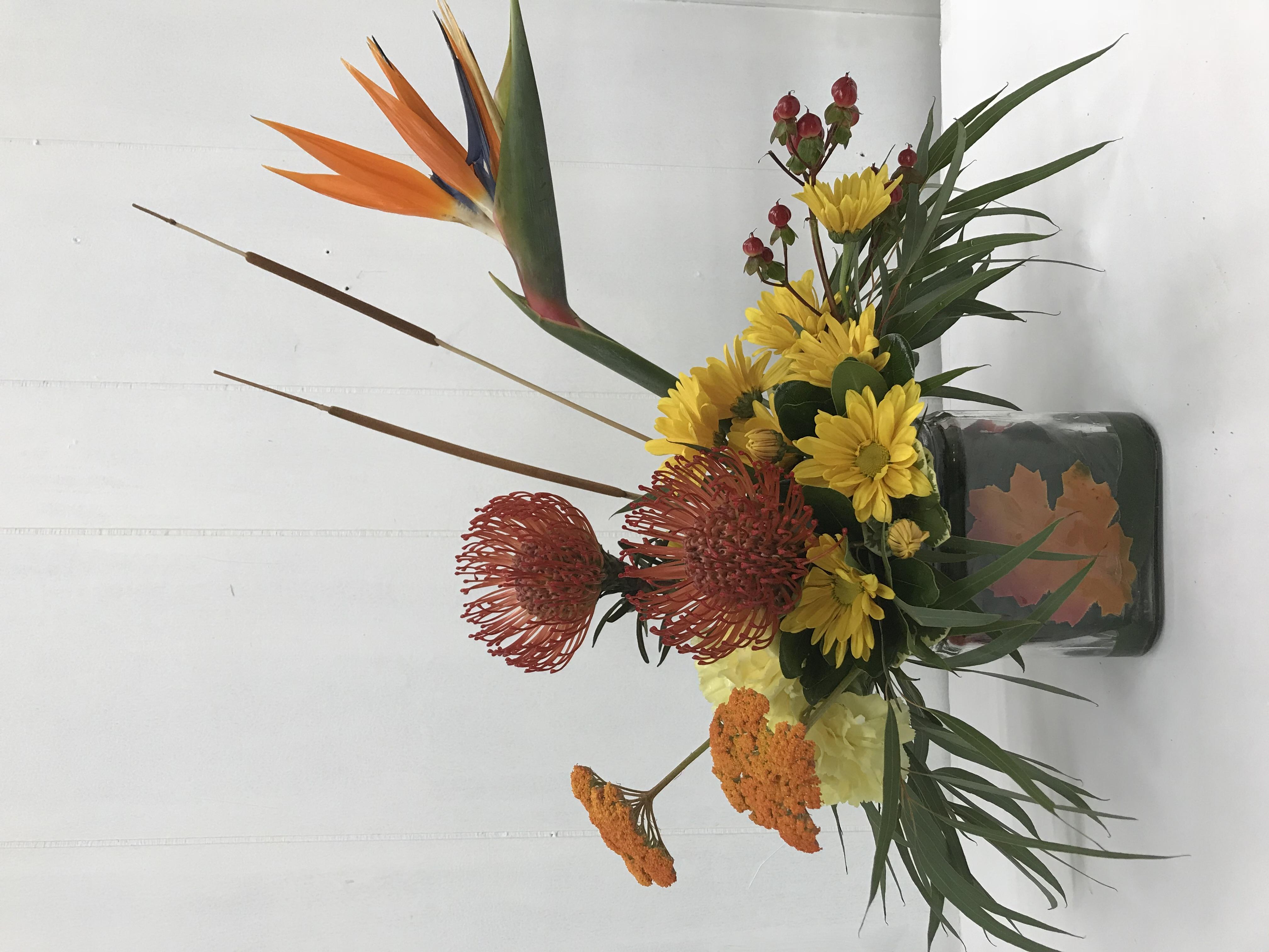 Traditional funeral arrangement indianapolis in florist izmirmasajfo