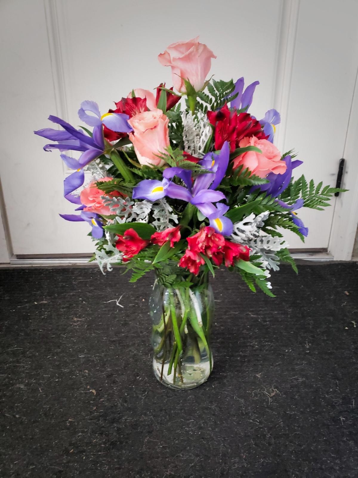 Just Because I Love You Flowers Burlington Ia Florist