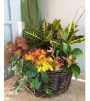Exquisite Blooming Garden Basket