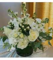CENTERPIECE WHITE ARRANGEMENT