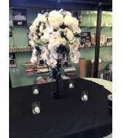 white and black center piece