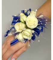 Deluxe Blue & White Wristlet Corsage