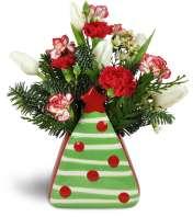 Oh Christmas Tree Carnation Vase™