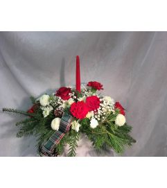 Country Christmas Arrangement