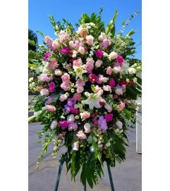 Beautiful pink tribute Spray
