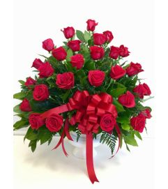 Red Roses Heartfelt Tribute