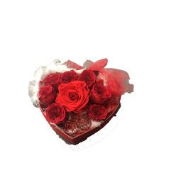 Preserved Roses with Heart Box - 3 sizes