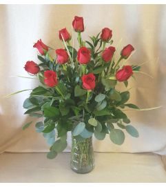 Dozen Red Rose Classic