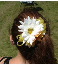 Daisy Hair Accessory - White & Yellow
