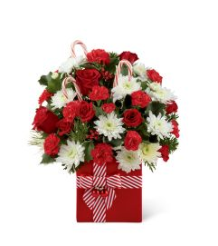 The FTD® Holiday Cheer™ Bouquet 2014