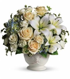 Beautiful Dreams by Teleflora