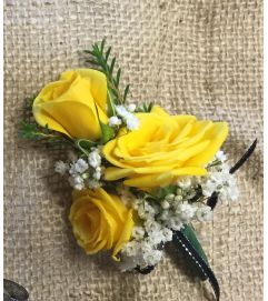 sunny boutonniere