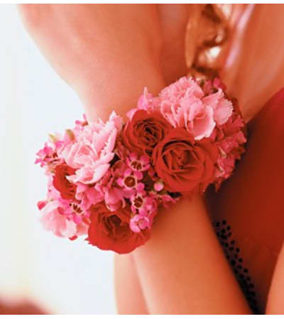 Red & Pink Wrist Corsage     Call for $10 DISCOUNT FOR PICK