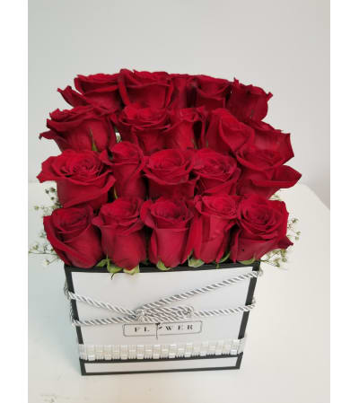 25 Red Roses in a Couture Box