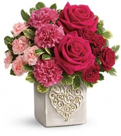 Teleflora's Swirling Heart Bouquet