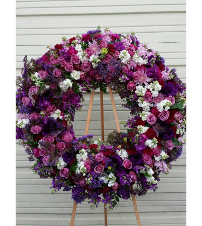 Classic Purple Wreathe
