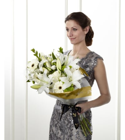 ​The FTD® Standing Ovation™ Presentation Bouquet