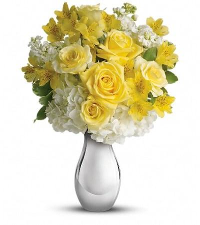 Teleflora's So Pretty Bouquet