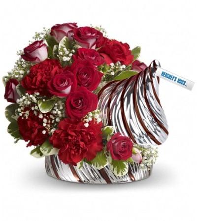 HERSHEY'S HUGS™ Bouquet by Teleflora