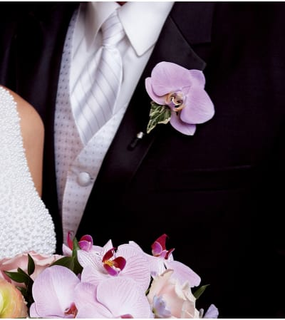 The FTD® True Love™ Boutonniere