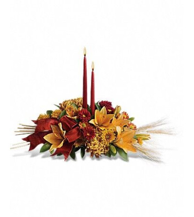 THANKSGIVING LILY CENTERPIECE
