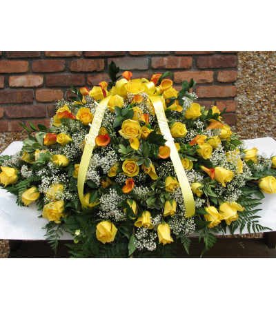 Yellow Rose Casket Cover