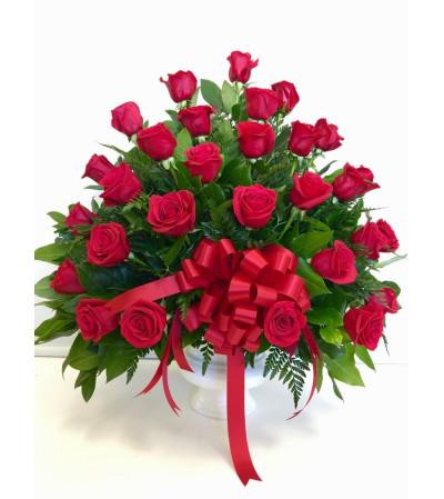 Red Roses Heartfelt Tribute