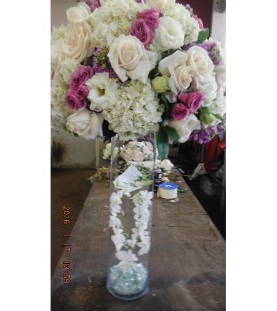 lavender and white center piece