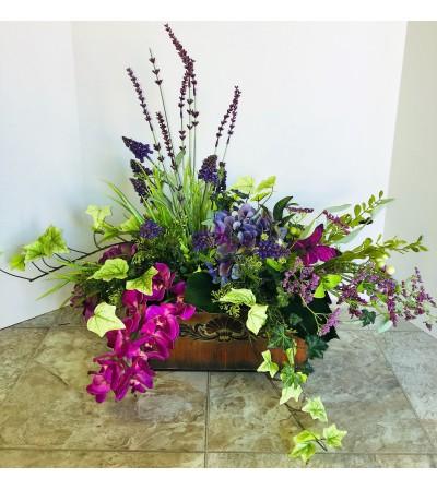 Florist's Choice Silk Centerpiece