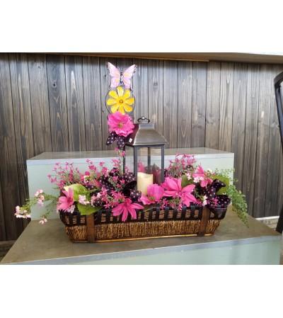 Garden Basket with Lantern, Pink