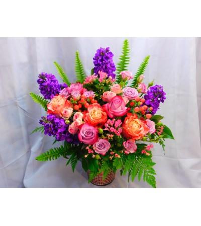 Rose Gold Vase Garden