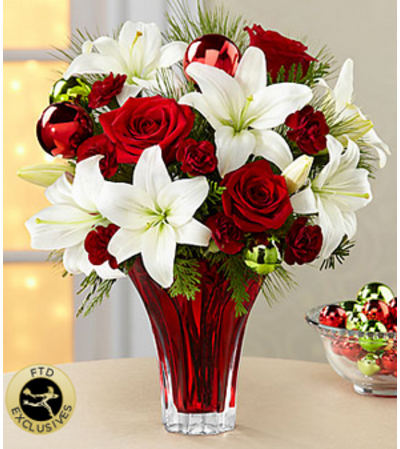 The FTD® Holiday Wishes™ Bouquet 2014