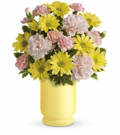 Teleflora's Bright Day Bouquet