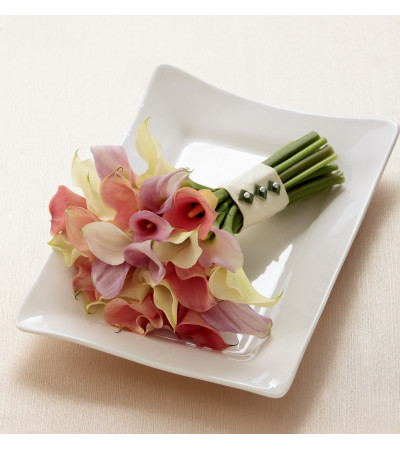 The FTD® Calla Lily Promise™ Bouquet